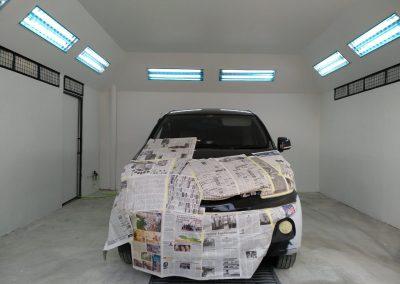 01. Aktivitas di bengkel cat mobil Finn Auto Express