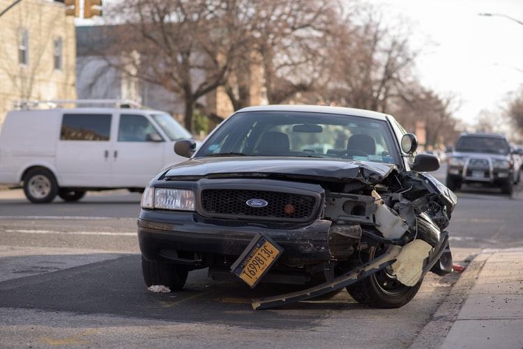 Fitur Keselamatan Pada Mobil Saat Terjadi Kecelakan